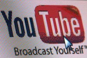 Get crowdfunding traffic from YouTube