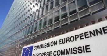 Commission européenne, réglementation crowdfunding